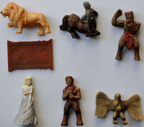 2005 Cookie Crisp Transforming Narnia Statues1