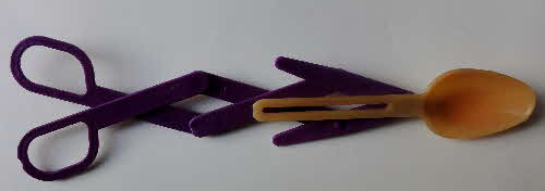 1997 Nesquick Colour Changing Zoom Spoon open (1)