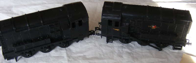 1962 Shredded Wheat Kitmaster models -  350 HP DIESEL ELECTRIC SHUNTER