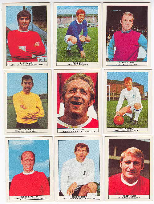 1970 Shredded Wheat Famous Footballers 1