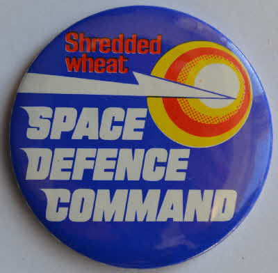 1982 Shredded Wheat Space Invaders Space Defence Badge