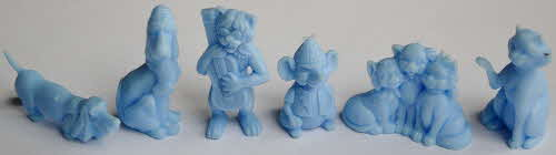 1971 Shreddies Aristocats Models - light blue