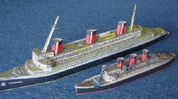 1930s Cornflakes Floating Model Ship -queen Mary & Normandie (betr)