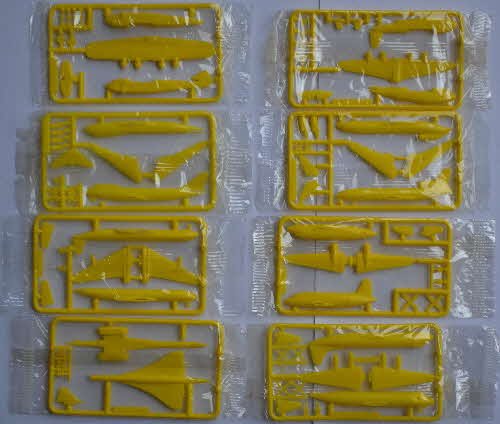 1985 Cornflakes Airliner Model Kits - yellow mint