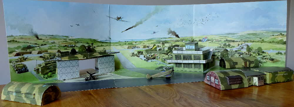 1993 Cornflakes Battle of Britain collection airfield made (3)