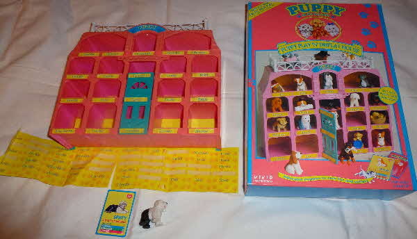 1994 Cornflakes Puppy in my Pocket Playset