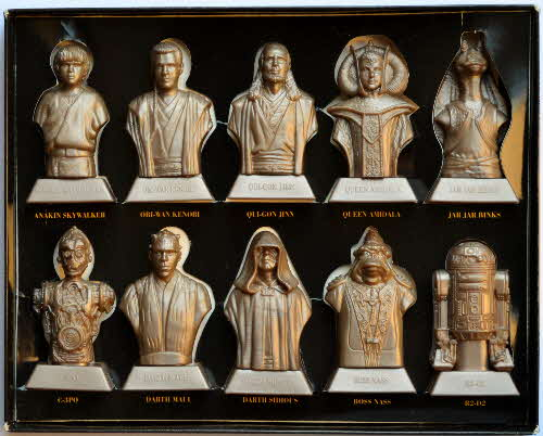 1999 Kelloggs Promotional Star Wars Phantom Menace Statuettes (2)