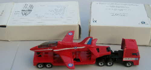 1991 Frosties Model Red Arrow & Transporter1