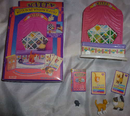 1995 Honey Loops Window Playset