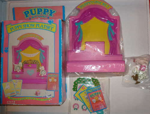 1994 Weetos Puppy in My Pocket Playset